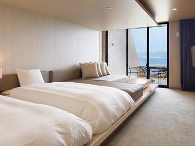 オーシャンビューやワンちゃんも泊まれるお部屋など、さまざまなお部屋をご用意。