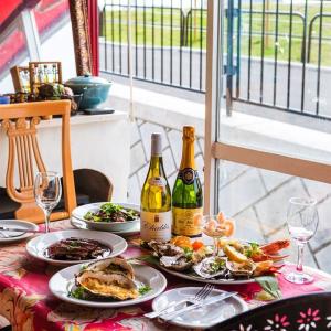 「食券制」という珍しいスタイルのフランス料理店。これからも長く愛されるお店を一緒につくりませんか?
