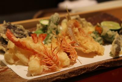 厳選食材を使った天ぷらを提供。