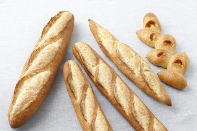 バゲット、パリジャン、バタール、ブール、クッペなどフランスパンだけでも、実に多彩!
