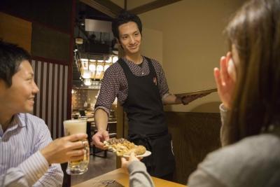 美味しいお料理と笑顔のおもてなしをお客様にお届けして、元気になって帰っていただきましょう。
