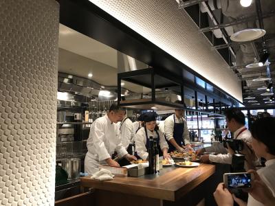 イタリア料理の巨匠・落合務シェフが監修のお店!シェフから直接学べるチャンスもあります。