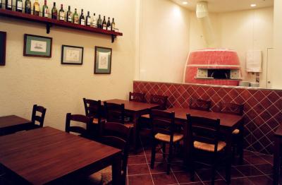 名古屋駅から徒歩3分!大型商業施設内イタリアンレストラン、またはスペインバルの店長を目指しませんか?