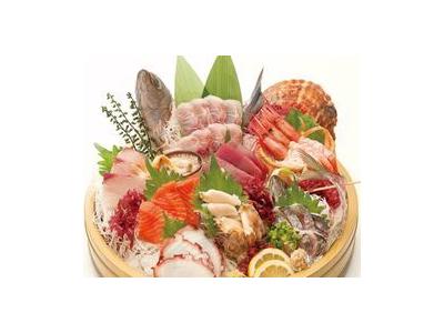 産地直送にこだわる、高品質の魚介料理をご提供。街のやすらぎの場として、老若男女に愛されているお店です