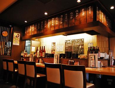 阪神御影駅から、わずか徒歩1分の便利な場所にある焼肉系居酒屋で店長候補を大募集!