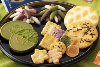 京都エリアで展開中!おかきや京菓子のお店で販売スタッフとしてご活躍ください!