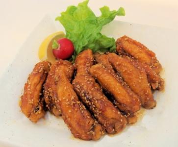 創業62年の老舗焼き鳥店!大阪市内のデパ地下惣菜店で、店舗スタッフを募集。