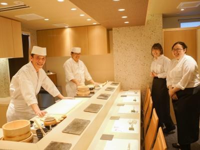 グルメサイトで高評価を獲得している江戸前鮨店で新たな一歩を踏み出しませんか?