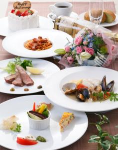 記念日ディナー「アニバーサリーコース」は、お客様のご要望に応じたコーディネートもしています。