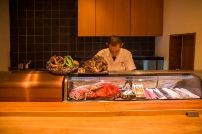 グルメサイトでも好評価!福岡・西中洲にある「飯家くーた 西中洲店」で調理スタッフの募集です。