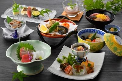 地産地消をテーマに、新潟ならではのメニューを提供するレストランで腕をみがきませんか?