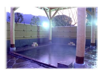 世界有数のラドン含有量を誇る三朝温泉。健康的な料理にもこだわっています
