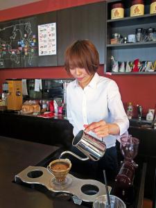 老舗企業直営のコーヒー専門店「珈琲 遇暖(ぐうたん)」で店舗スタッフを募集します!