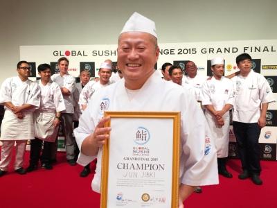 創業から35年以上業歴のある老舗。幅広い客層ニーズをキャッチする回転寿司店です。