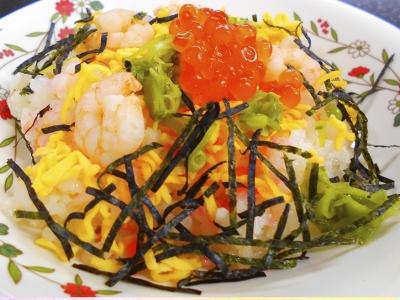 ひな祭りににはちらし寿司など、季節感を大事にしたメニューをご提供。