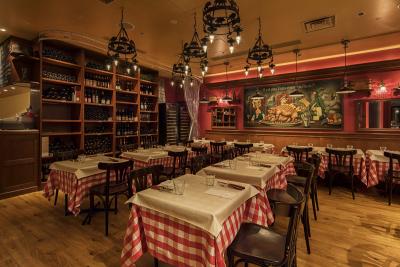 フレンチ・ブラッスリー・スペインバルの3業態11店舗で、キッチンスタッフとしてご活躍ください!