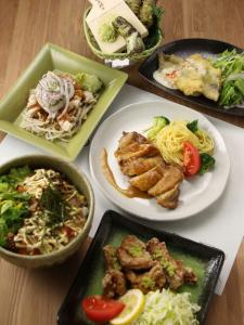和洋中、幅広いジャンルのメニューを手がけるので、料理好きな方は楽しいですよ