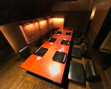 「アート」に溢れた創作日本料理店で、ホールスタッフ(店長候補)としてご活躍を。