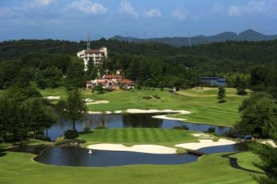 緑あふれるゴルフ場内の和食レストラン!美しい景色を見ながらアルバイトしませんか。