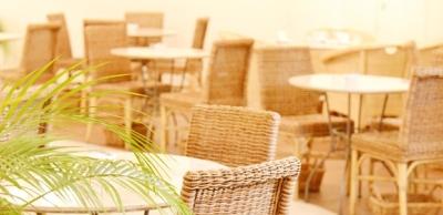 パンケーキが美味しいカフェから、豪快な肉料理が楽しめるスペインバルまで、業態は様々です。