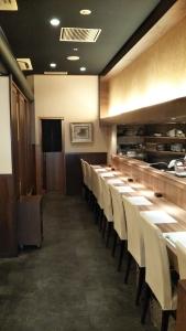 六甲道駅から徒歩1分。地元で人気の和食店で活躍しませんか