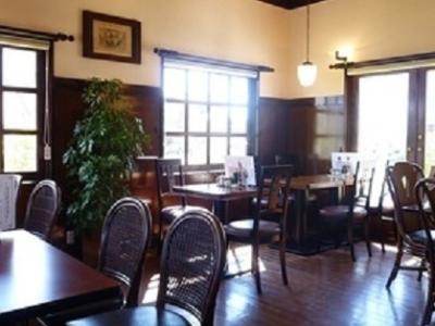 愛知県豊川市にて、創業から40年以上地域のお客さまから愛され続ける老舗カフェがフィールドです。