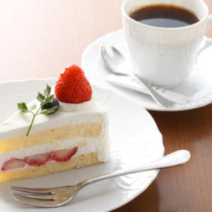 生クリームとフルーツにトコトンこだわったオリジナルケーキが自慢