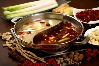 世界を魅了するスープは美味しいだけでなく、血行促進・滋養強壮・美肌効果など高い付加価値を有します。