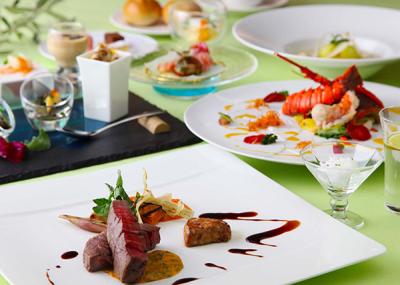 フレンチ、鉄板焼、海鮮会席など、個性豊かなレストランがあなたの新たな舞台。