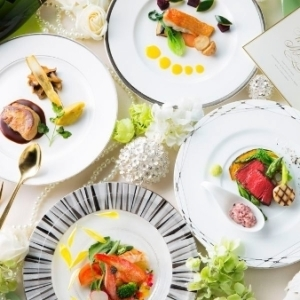 新郎新婦やゲストの心に一生残る、お料理とおもてなしを。
