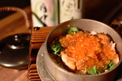 新潟や奈良、広島など、全国の厳選素材が並ぶ囲炉裏料理店で、料理長を募集します。
