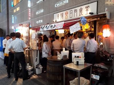 飲食店が数多いエリアで毎年売上を更新している人気店です