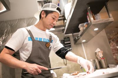 料理提案やマニュアル作成など自分のアイデアが形にり、お客様に届く喜びが味わえます!