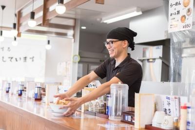 オープニング含む愛知県内の「麺屋 しずる」8店舗いずれかで店舗スタッフ(店長候補)を大募集!