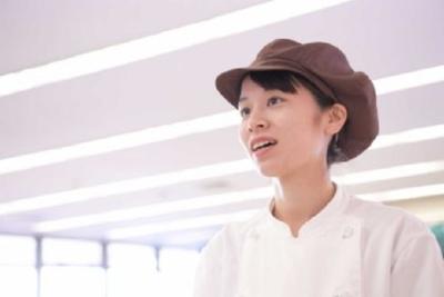 年齢・経験は問いません!あなたの作るおいしい食事が人を幸せにする。そんなやりがいのあるお仕事です☆