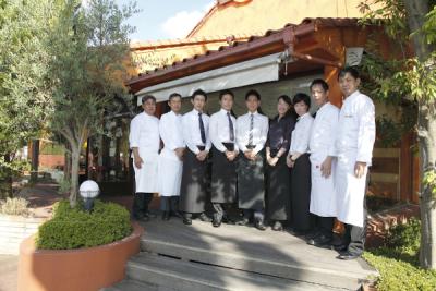 「KITTE名古屋」にあるトラットリアで、サービススタッフを大募集!