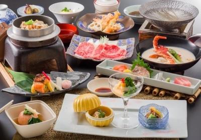 旬の素材を活かした贅沢な和食料理をご提供。