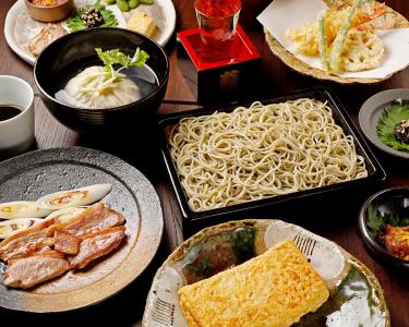 当店なら、そば打ちと和食調理の技術を身につけることができます!