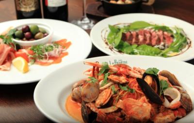 イタリアから直輸入したパスタなど、本格的なイタリアンをご提供しています。
