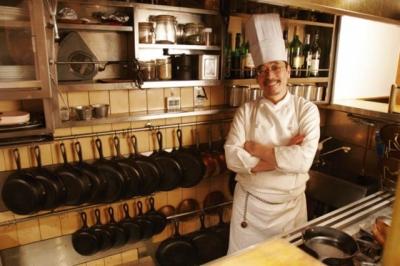 洋食店、ハワイアンカフェなど、名古屋市内にある4店舗のいずれかの店舗にて、料理長候補を募集中です!