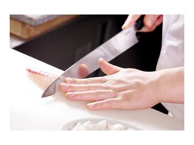 北新地の和食店で、一生モノのスキルを身につけよう!