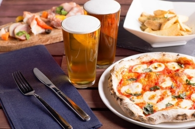 こだわりのクラフトビールと本格ナポリピッツァが楽しめるお店です。新規出店を控え、新たな仲間を大募集★
