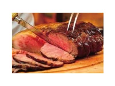 飛騨牛や近江牛といった高級食材を使用した鉄板焼き&パフォーマンススキルが学べます