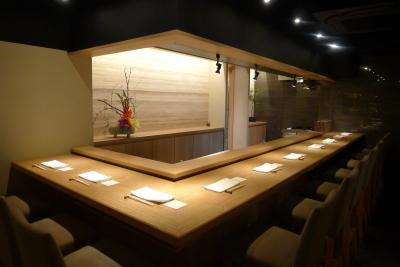 アメリカで13店舗をかまえる和食料理店。2016年、逆輸入となる形で恵比寿西に出店を果たしました。