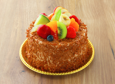ケーキやプリン、焼き菓子などさまざまな商品を取り揃えています。パティシエとしてスキルアップしよう♪