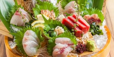 市場で直接仕入れる新鮮な魚介をはじめ、食材の80%以上が国産です