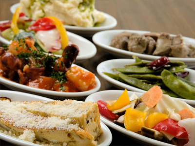 姫路市内にある、バラエティ豊かな6店舗でキッチンスタッフを募集します。
