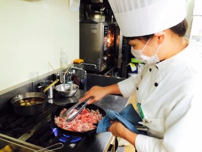 イベント食作りは、調理スタッフを中心に考案。あなたのアイディアを存分に発揮してください!