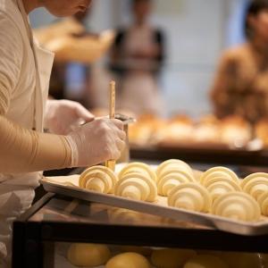 外資系カフェが運営するイタリアンベーカリーにて、ブーランジェとしてご活躍ください