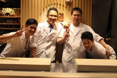 京懐石伝統の技法と新しい日本料理を求めて、日々腕を磨いています。